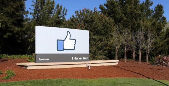 Facebook averaged over 1 billion daily users in September