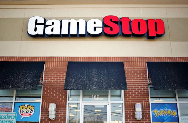 GameStop confirms buyout talks as downloads take their toll