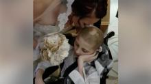 Un garçon de 12 ans atteint d'un cancer a réalisé son dernier souhait en escortant sa maman à son mariage