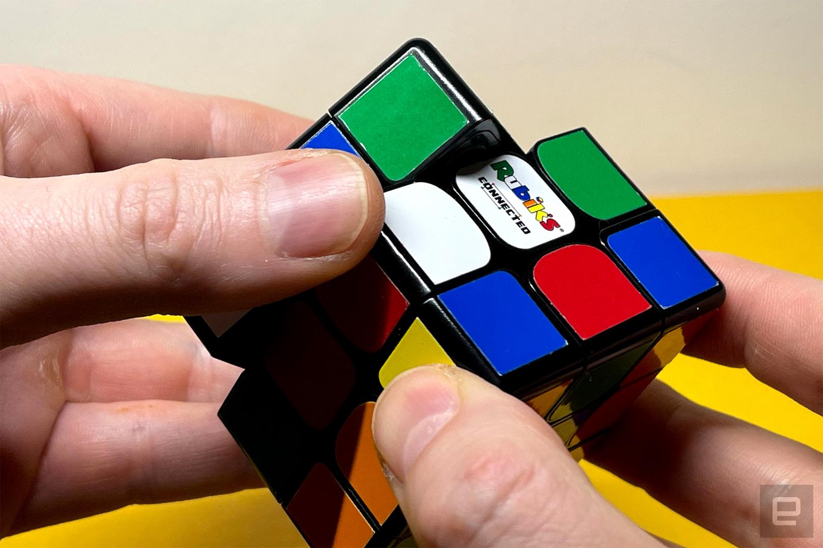 With the connected cube, I learned how to solve a Rubik's cube | Engadget