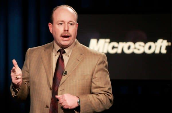 CE-oh no he didn't!: Microsoft's Kevin Turner says iPhone 4 might be Apple's Vista