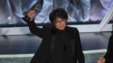 'Parásitos' da la sorpresa y hace historia ganando el Óscar a mejor película