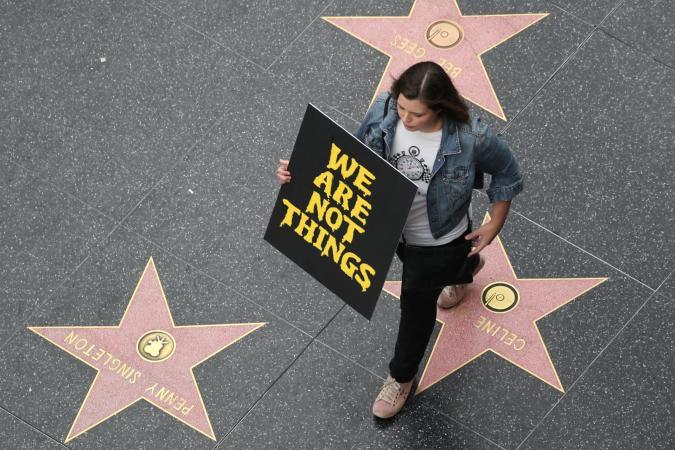 Lucy Nicholson / Reuters