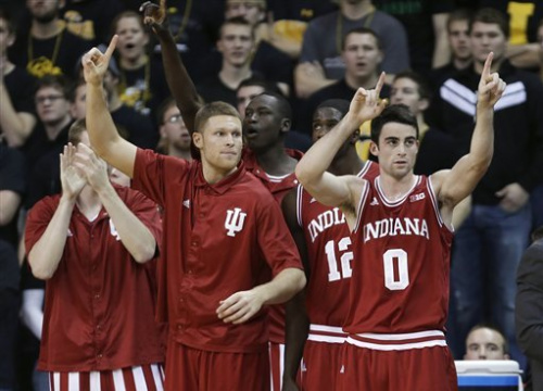 No. 5 Indiana holds off Iowa 69-65