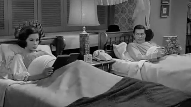 Why Did Couples Often Sleep In Separate Beds In The Past