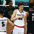 Trail Blazers trade No. 15 and 20 picks to Kings to select Zach Collins at No. 10