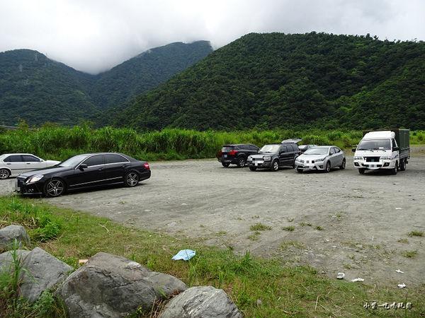 東岳湧泉停車場.jpg