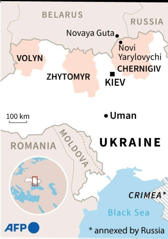 Hundreds of Hasidic Jewish pilgrims stuck at Ukraine-Belarus border