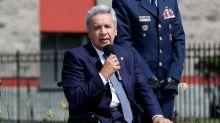 El presidente de Ecuador inicia su último año bajo el acecho del coronavirus y la crisis