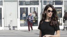 So schön wie Jackie Kennedy: Amal Clooney im Kleinen Schwarzen