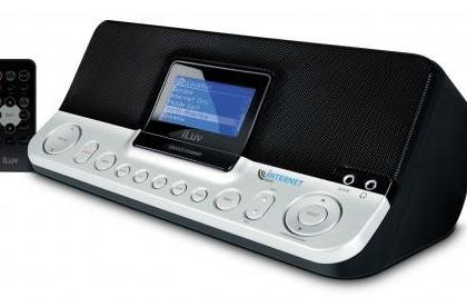 iLuv's iNT170 internet radio-alarm appears, no one's too excited