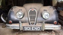 Scorching weather sees Barons auction off more than 66 classic cars