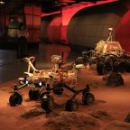 China Mars rover to land between Saturday and Wednesday