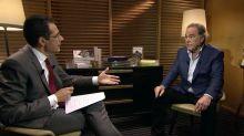 """Présidentielle américaine : Oliver Stone appelle à voter Joe Biden, """"le moindre mal"""""""