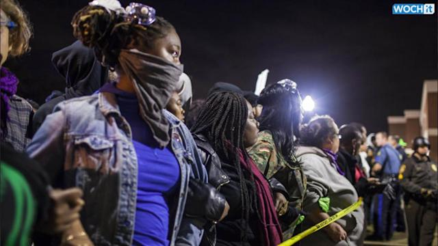 Awaiting Ferguson Grand Jury, Activists Drill Protest Tactics