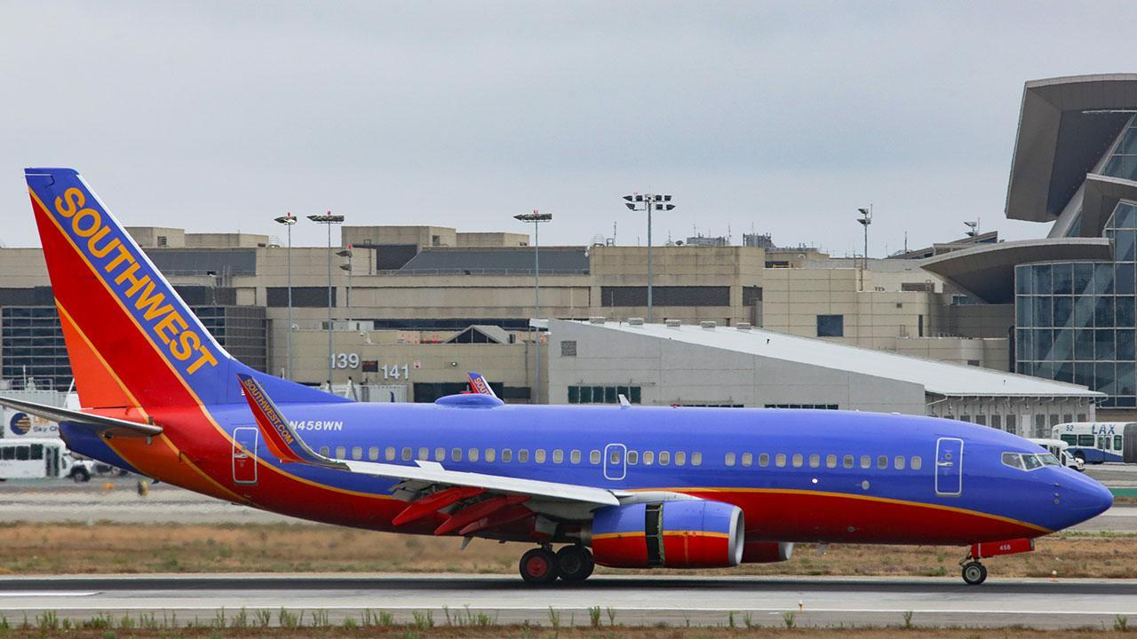 Viral video shows woman being dragged off southwest plane buycottarizona