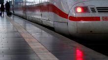 """Sprayer """"verschönert"""" ICE – Deutsche Bahn teilt das Foto auf Twitter"""