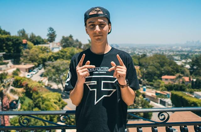 Another top 'Fortnite' pro wants out of FaZe Clan