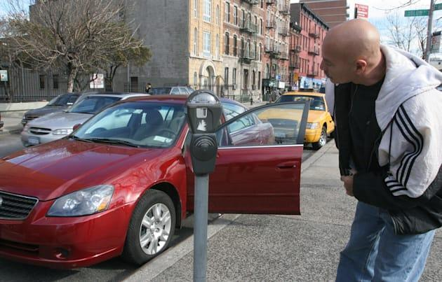 New York City ponders bitcoin and Apple Pay for parking tickets