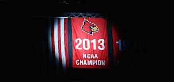 Louisville must vacate 2013 basketball title