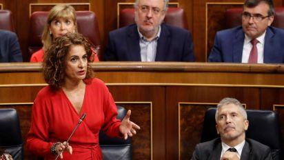 """Montero asegura a Podemos que """"siempre"""" fue el socio preferente del Gobierno"""