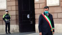 Italy, Vatican lower flags, observe silence to honour coronavirus dead