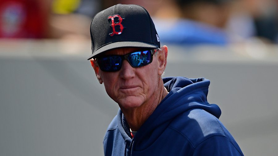 Red Sox dump manager Roenicke after one season
