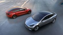 Tesla introduces new $45,000 version of its Model 3 with 260 miles range