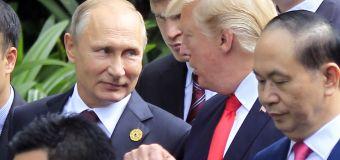 In Putin summit, Trump demands rituals, pageantry