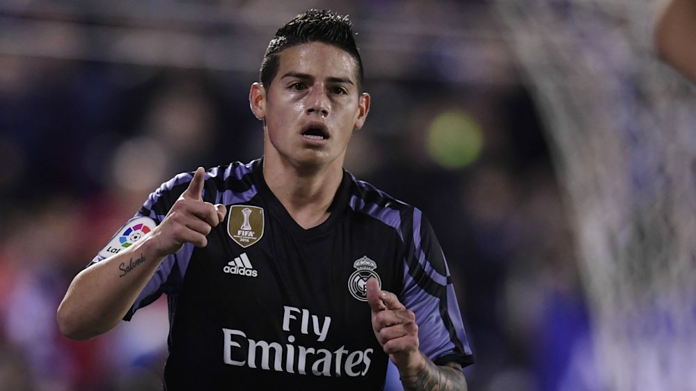 James Rodriguez ai ferri corti con Zidane: possibile addio al Real, c'è la Juventus?