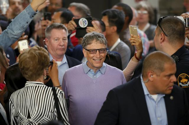 Microsoft founder Bill Gates arrives to play table tennis during the Berkshire Hathaway annual meeting weekend in Omaha, Nebraska, May 7, 2017.