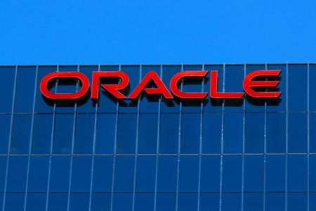 Cloud growth helps Oracle's quarterly profit rise 14%