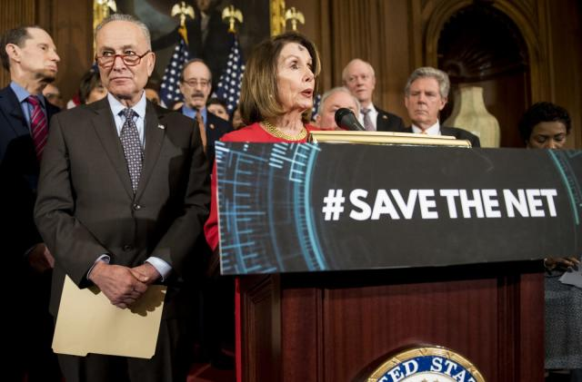 Democrats introduce bill to restore net neutrality