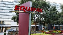 Equifax Investors Push for Changes to Clawback, Bonus Policies