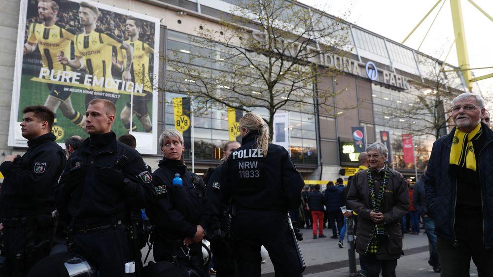 Quand un fan de Dortmund invite quatre supporters de Monaco