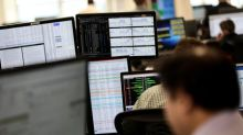 UK market lags global stocks on mounting Brexit fears