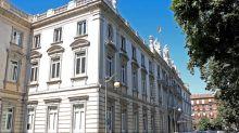 El Supremo impone 12.000 euros de fianza a los juristas que se querellaron contra Rajoy