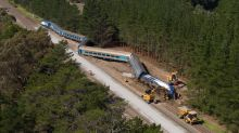 Trains to resume after Vic derailment
