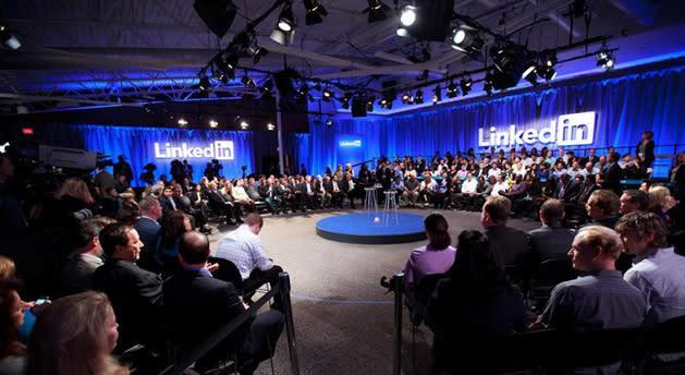 LinkedIn opens its blog publishing platform to everyone