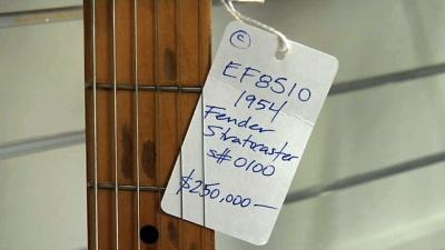 Famous Guitar Gets $250,000 Price Tag
