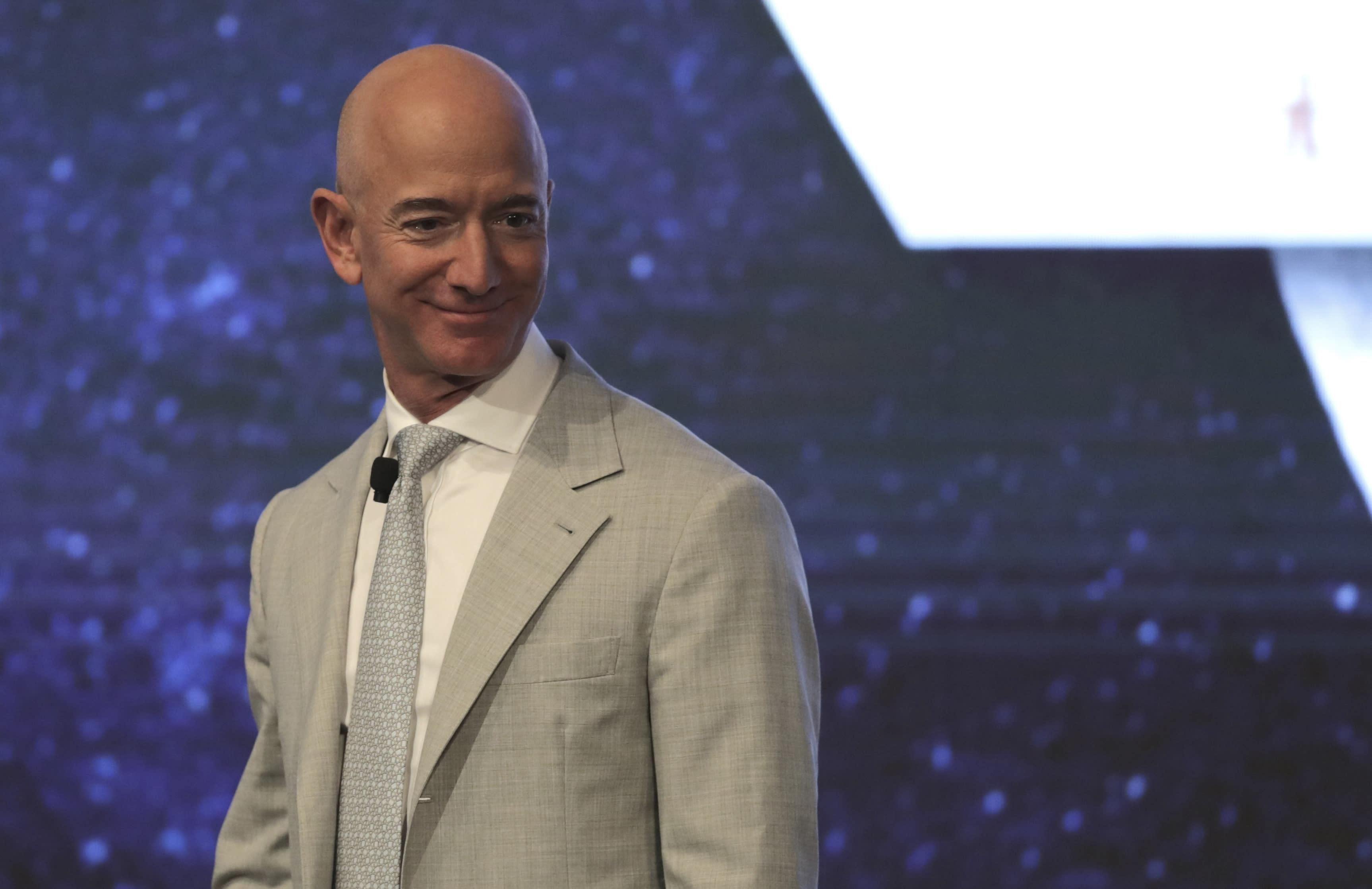 Jeff Bezos gains US$24 billion while world's rich reap bailout rewards