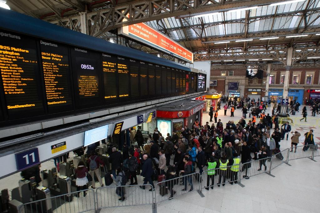 The Southern Rail strike hit train services to one of the capital's main airports, Gatwick (AFP Photo/Daniel Leal-Olivas)