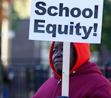 Chicago teachers to vote on agreement that guarantees 16% raise, $35M to reduce classes