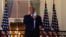 Trump minimise la menace du Covid-19, et l'hypothèse de la défaite