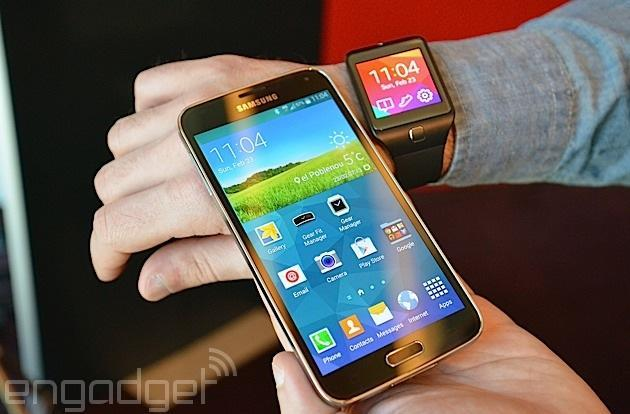 Sprint gets the Galaxy S5 and Gear smartwatches April 11th, pre-orders go live today
