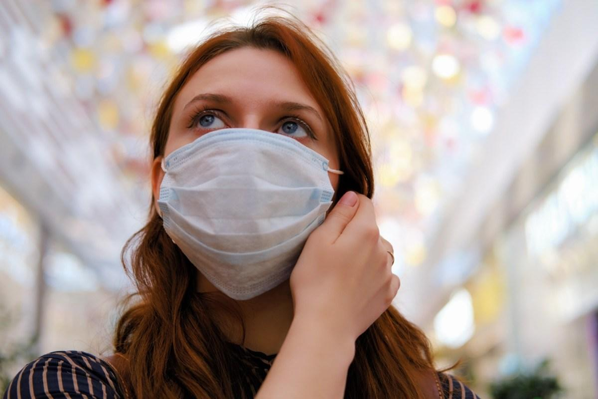 7 Ways to Avoid COVID Now, According to the CDC