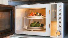 Los alimentos (y envases) más aptos para cocinar en el microondas