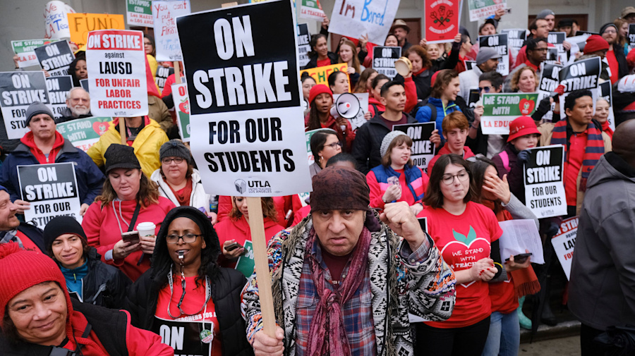 L.A.'s striking teachers reach tentative deal