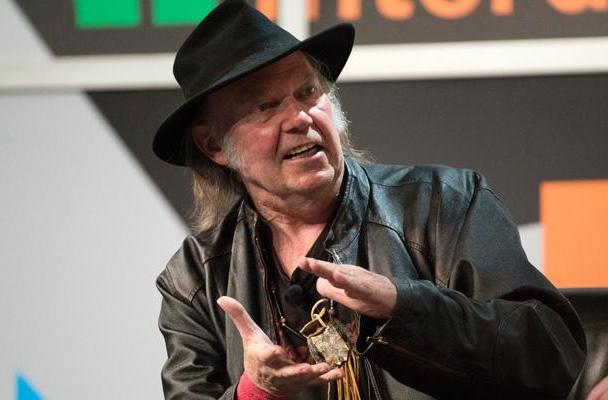 Neil Young on digital audio: You're doing it wrong