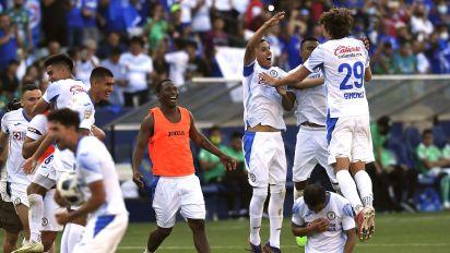 Cruz Azul confirma los dorsales de los jugadores, en donde presenta cuatro cambios